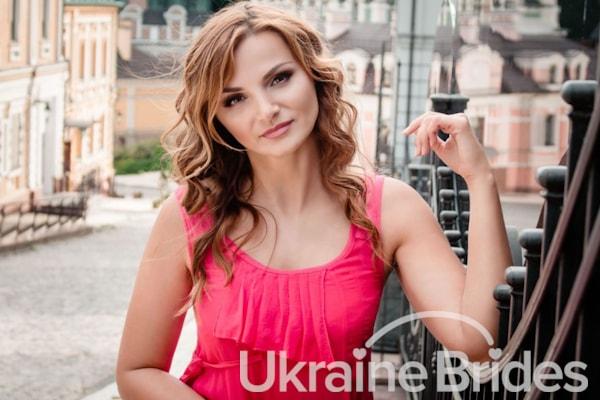 Profile photo for Elena Glorious