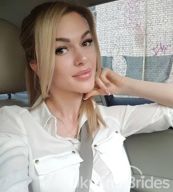 Profile photo for Angel Ksenia