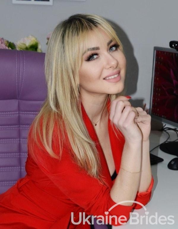 Profile photo for Cuddles Valentina