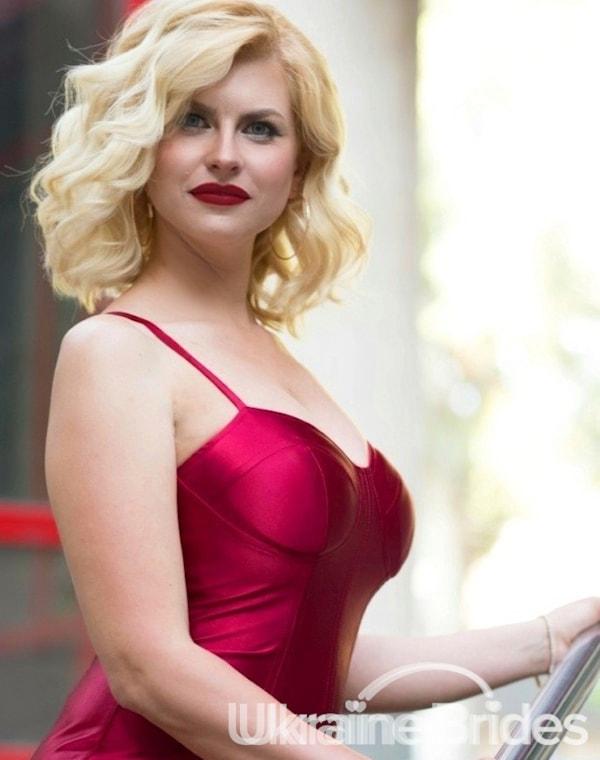Profile photo for AnastasiaLadyBride