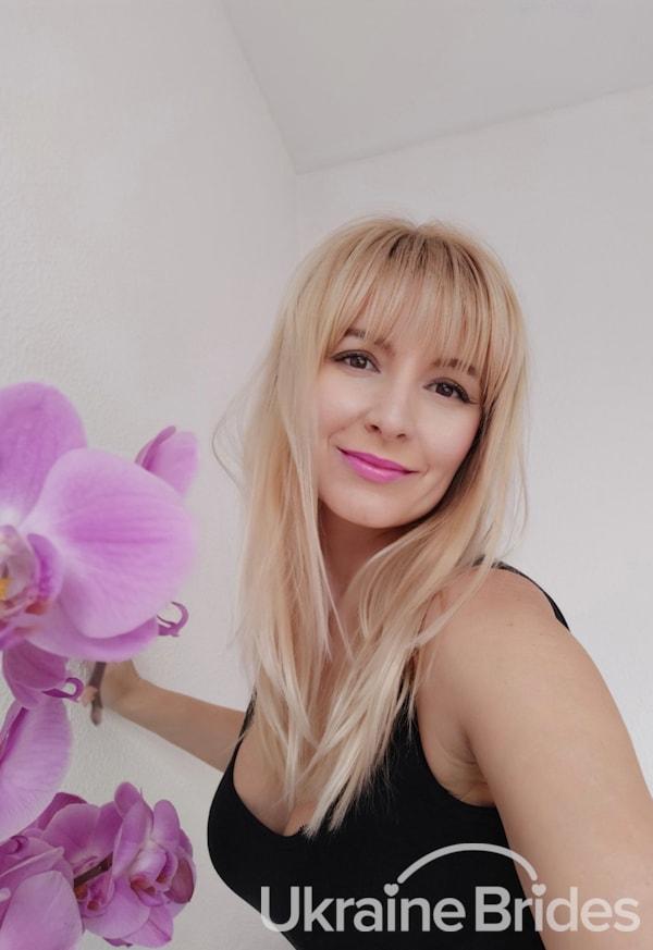 Profile photo for Beautiful_Alla